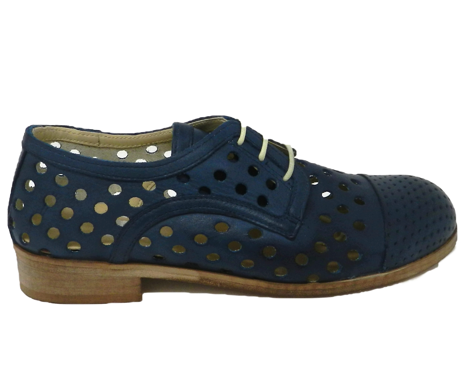 Lace-up woman in leather with a perforated spunterbo closed - blue