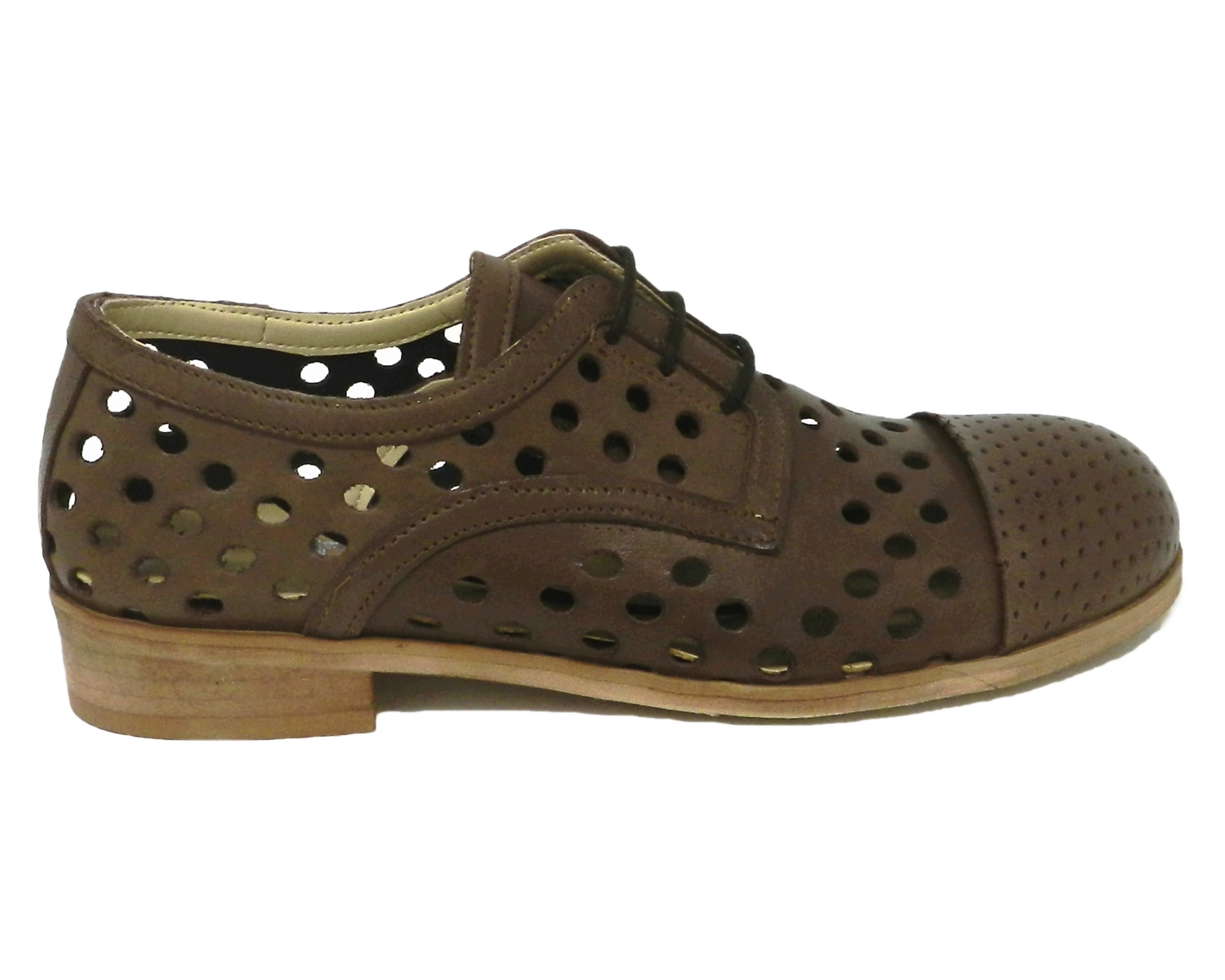 Lace-up woman in leather with a perforated spunterbo closed - taupe