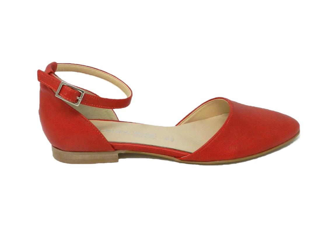 01d5b3914ff99a Niskie buty z kolekcji obuwia Jacobus